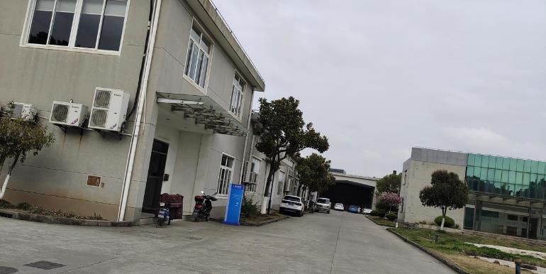 南汇工业区35亩土地1万平方单层厂房出售